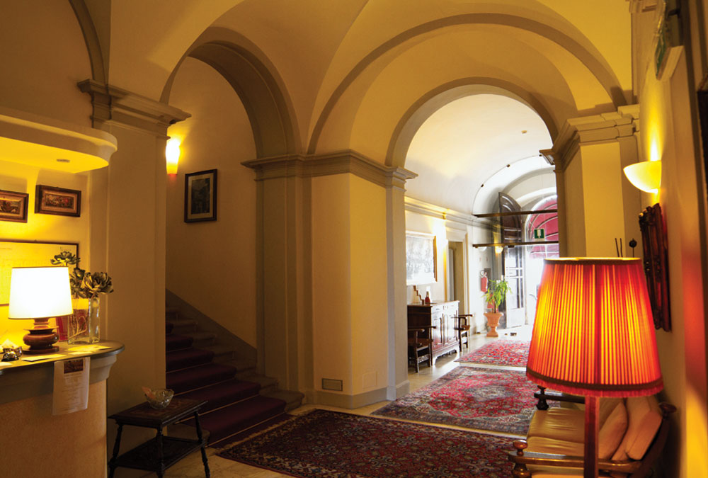 Hall-Hotel-Bosone