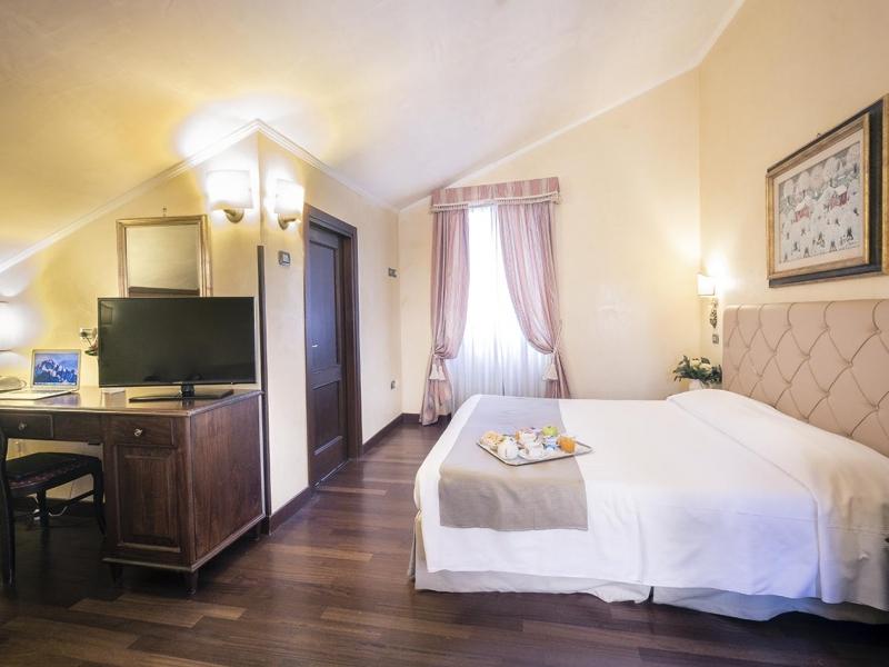 bosone-palace-hotel-camera-superior01